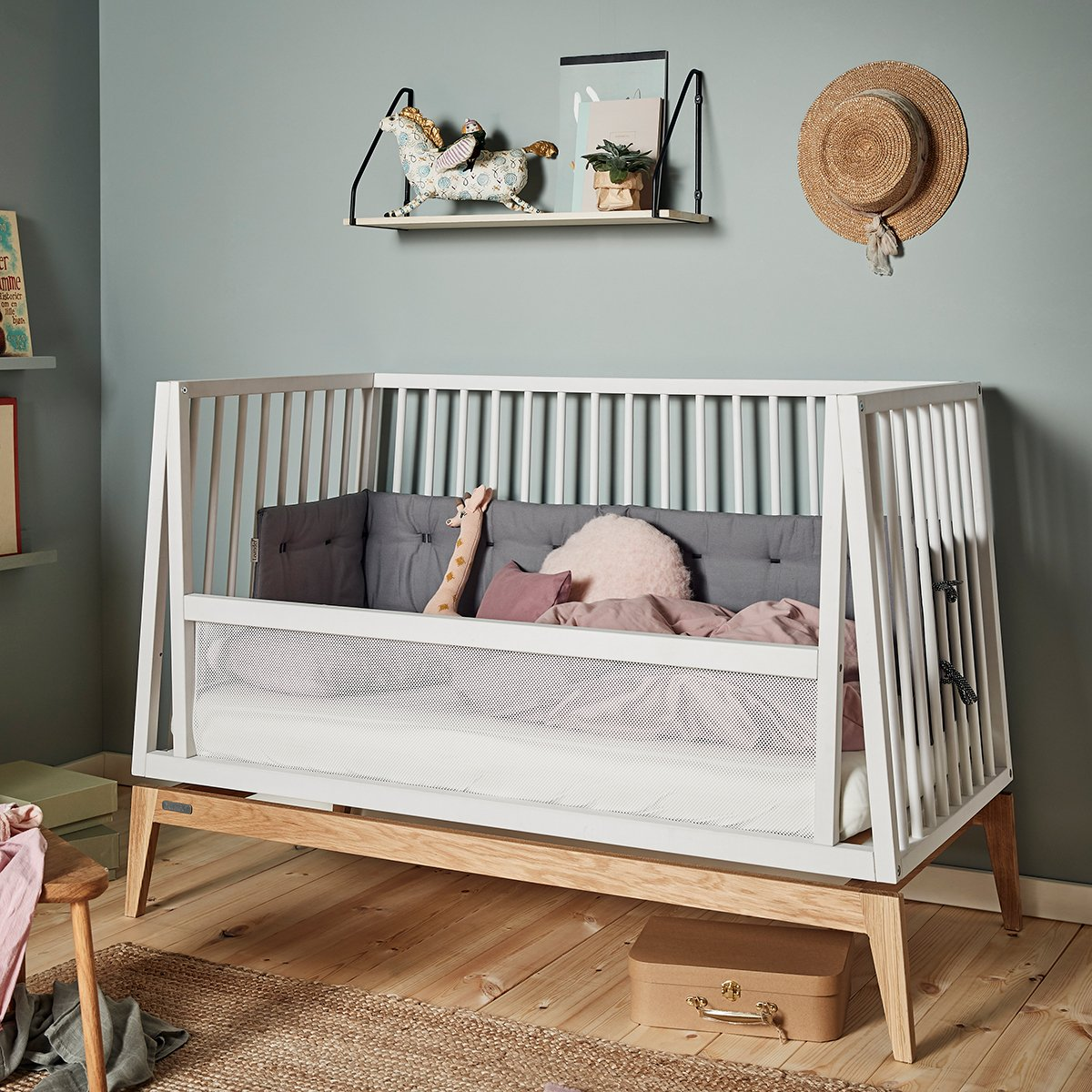 Baby crib in When to start buying baby stuff?